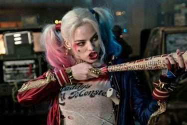 [VIDEO] Chân dung Harley Quinn bằng màu nước.